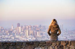 No mês da mulher, o alerta vai para a tiroide no feminino